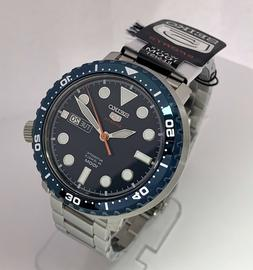 SEIKO 5 Automatic SPORTS 100m 24 Jewels Blue Dial Stainless