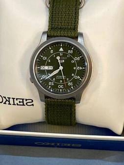 Seiko 5 Sport Automatic Khaki Green Canvas Men's Watch