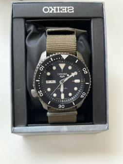*NEW* Seiko Men's 5 Automatic Black Dial Nylon Strap Watch S